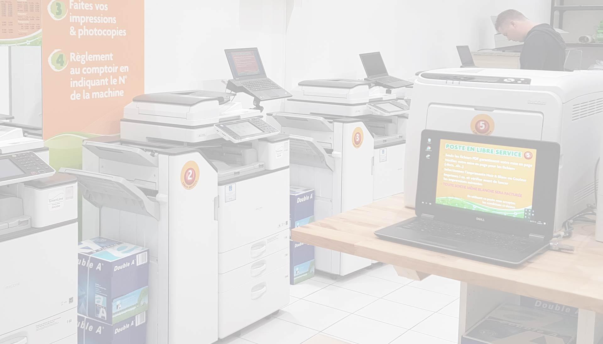 Des ordinateurs à votre disposition pour récupérer vos documents essentiels !